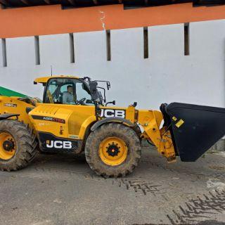 JCB 560-80 Agri Xtra