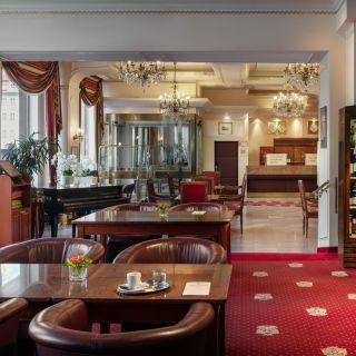 Hotel Ambassador - Zlatá Husa - Lobby bar