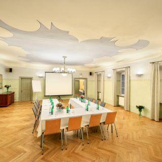Bellevue Hotel Český Krumlov - Latrán