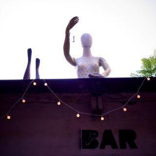 Bar/ák