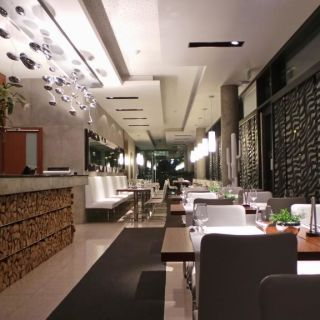 Columna - Restaurace a Café Columna
