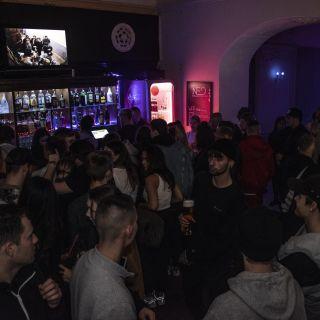 NEO music bar & shisha lounge