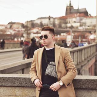 Moderátor Jakub Jíra