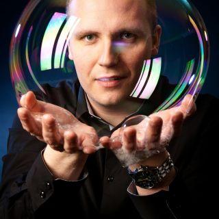 Bublinová show Matěje Kodeše