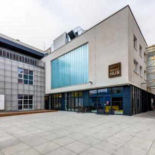 Impact Hub Brno - Žlutá zasedačka