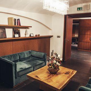 The Emblem Hotel - Games room
