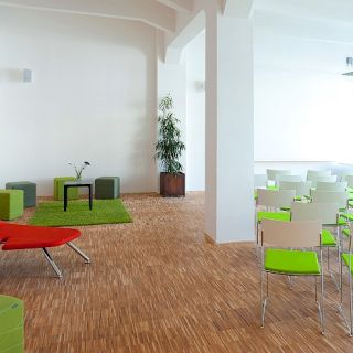 Impact Hub Praha D10 - Velká konferenční místnost