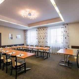 Hotel Grand Uherské Hradiště - Kulatý salónek