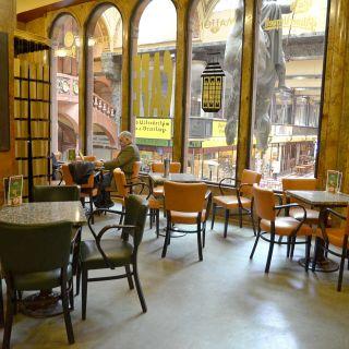Palác Lucerna - Kavárna Lucerna