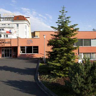 Hotel Akademie - Naháč