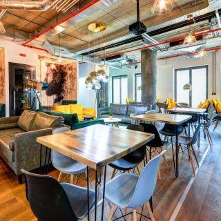 WorkLounge Karlín - Designová zasedací místnost