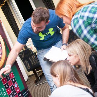 Puzzle Games - mobilní únikové hry - Zachraňte prst