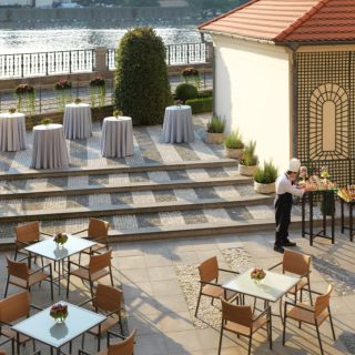 Four Seasons Hotel Prague - Karel Terrace