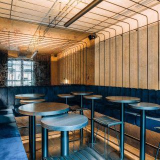 Moon Club & Lounge - Tarot Lounge