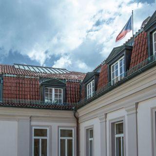 Hartigovský palác
