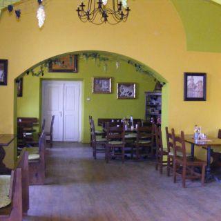 Zámek Loučeň - Restaurace Vtipná kaše