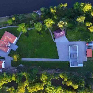 Zámek Mitrowicz - Zámecký park