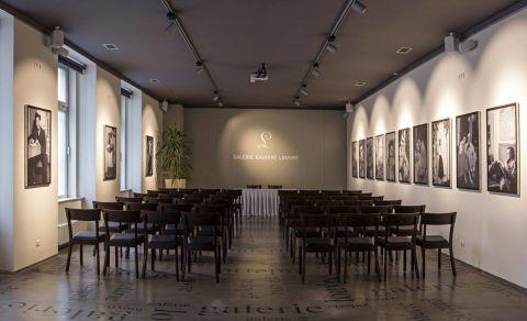 Galerie kavárny Louvre