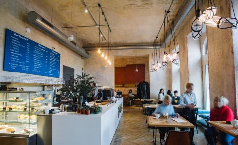 SmetanaQ Café & Bistro