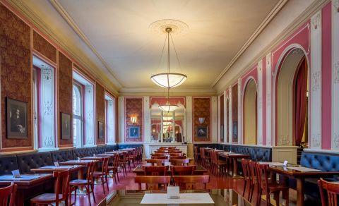 Café Louvre