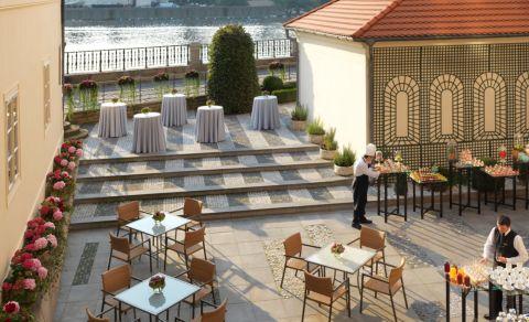 Karel Terrace