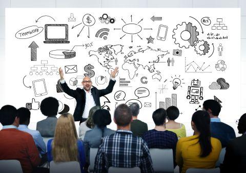 5 důvodů, proč si najmout motivačního řečníka na vaši příští firemní akci
