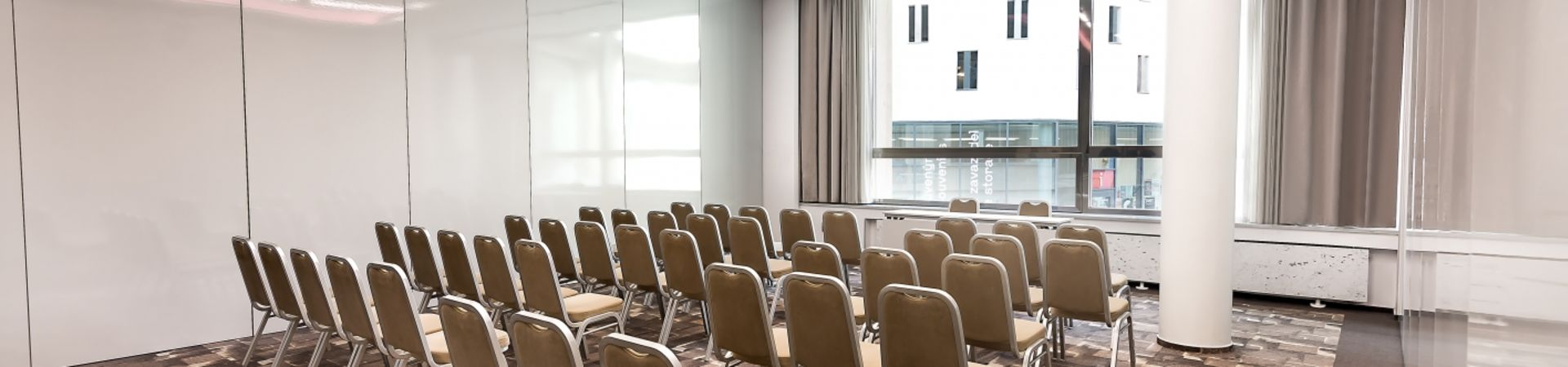 Best Western Premier Hotel International - Kongresový sál B + Kongresový sál C