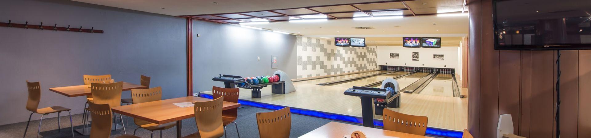 Hotel Cosmopolitan Bobycentrum - Bowling Pub
