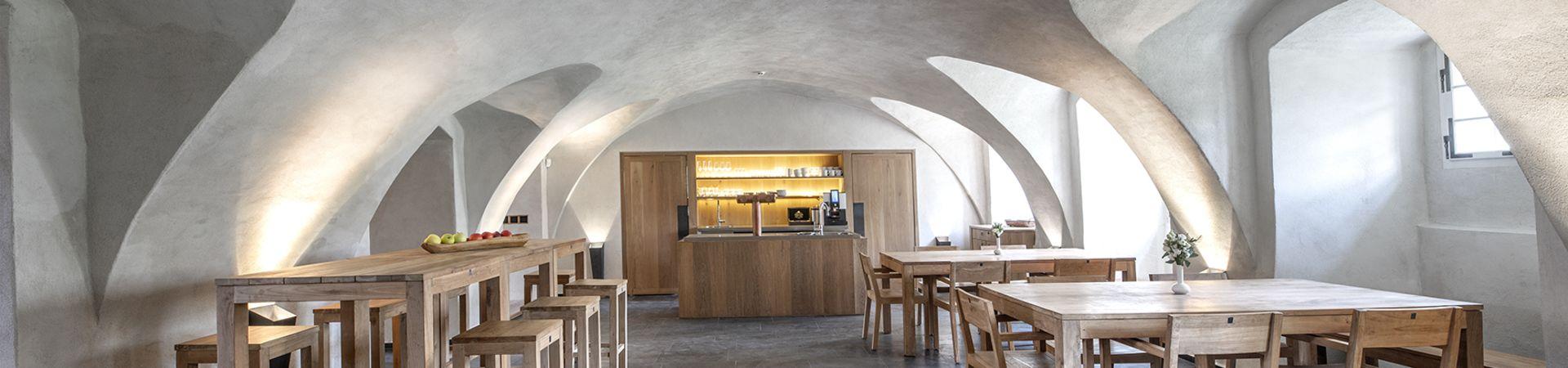 Zámek Mitrowicz - Stylová restaurace v přízemí