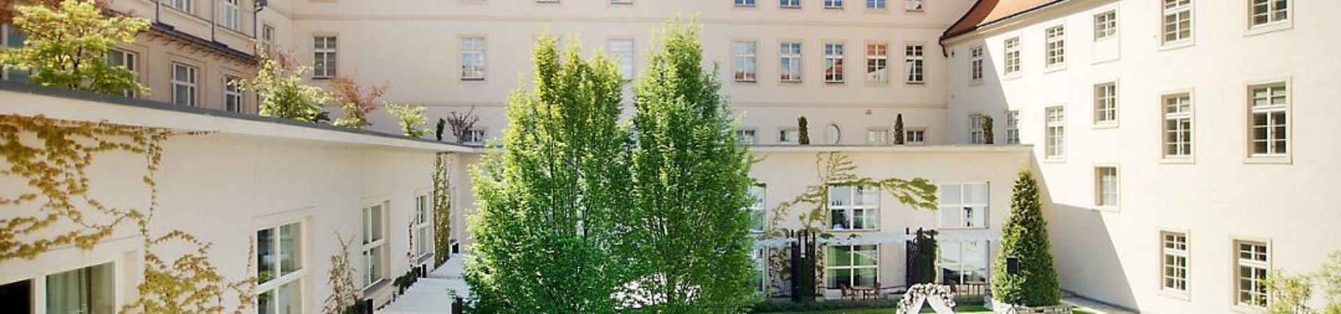 Mandarin Oriental Prague - Monastery Garden