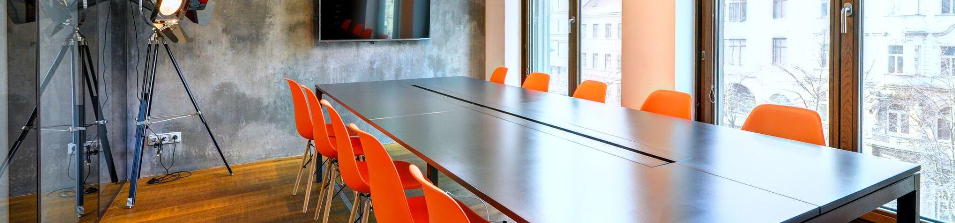 WorkLounge Karlín - Velká zasedací místnost